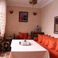 Отель Riad Porte Des 5 Jardins Марокко, Марракеш - отзывы, цены и фото номеров - забронировать отель Riad Porte Des 5 Jardins онлайн в номере