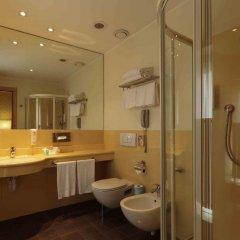 Отель Holiday Inn Milan - Garibaldi Station ванная фото 2