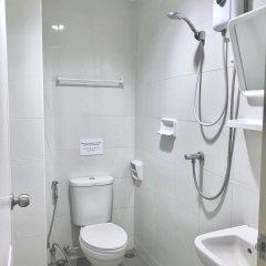 Отель Nana Best Inn Бангкок ванная