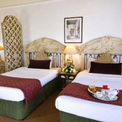 Отель Ramada Beach Аджман в номере фото 2