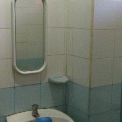 Отель One Rovers Place Филиппины, Пуэрто-Принцеса - отзывы, цены и фото номеров - забронировать отель One Rovers Place онлайн ванная