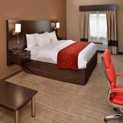 Отель Comfort Suites East комната для гостей фото 2