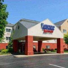 Отель Fairfield Inn & Suites by Marriott Frederick парковка