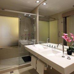 Hotel Lleó ванная