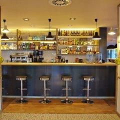 Отель Aparthotel Arrels d'Empordà гостиничный бар