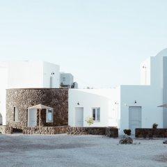 Отель Alafropetra Luxury Suites Греция, Остров Санторини - отзывы, цены и фото номеров - забронировать отель Alafropetra Luxury Suites онлайн пляж