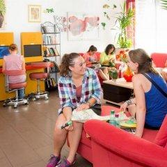 Отель a&t Holiday Hostel Австрия, Вена - 9 отзывов об отеле, цены и фото номеров - забронировать отель a&t Holiday Hostel онлайн детские мероприятия фото 2