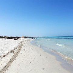 Отель Marine & Spa Resort Тунис, Мидун - отзывы, цены и фото номеров - забронировать отель Marine & Spa Resort онлайн пляж фото 2