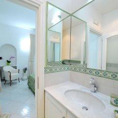 Отель La Dolce Vita Ravello Италия, Равелло - 1 отзыв об отеле, цены и фото номеров - забронировать отель La Dolce Vita Ravello онлайн ванная