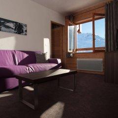 Отель Le Chalet du Mont Vallon Spa Resort комната для гостей