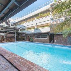 Отель Oasis Park Hotel Филиппины, Манила - 2 отзыва об отеле, цены и фото номеров - забронировать отель Oasis Park Hotel онлайн бассейн