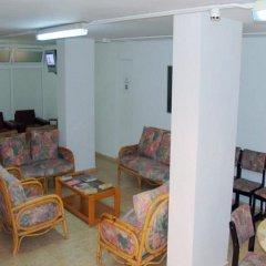Отель Inter Apartments Испания, Салоу - отзывы, цены и фото номеров - забронировать отель Inter Apartments онлайн интерьер отеля