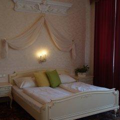 Отель Aviano Pension комната для гостей