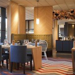 Отель Crowne Plaza Geneva Швейцария, Женева - отзывы, цены и фото номеров - забронировать отель Crowne Plaza Geneva онлайн питание фото 3