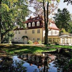 Отель Dwór Oliwski City Hotel & SPA Польша, Гданьск - 2 отзыва об отеле, цены и фото номеров - забронировать отель Dwór Oliwski City Hotel & SPA онлайн приотельная территория