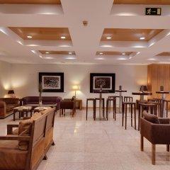 Отель Rafaelhoteles Ventas гостиничный бар