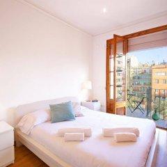 Отель Flateli Aribau Барселона комната для гостей фото 3