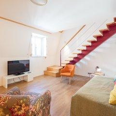 Апартаменты Lisbon Serviced Apartments Chiado Emenda комната для гостей фото 4