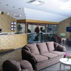 Han Deluxe Hotel интерьер отеля