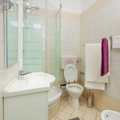 Отель B&B Cult Roma Италия, Рим - отзывы, цены и фото номеров - забронировать отель B&B Cult Roma онлайн ванная фото 2