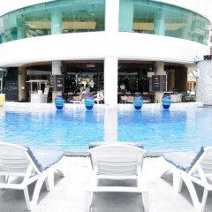 A-One The Royal Cruise Hotel Pattaya бассейн фото 2