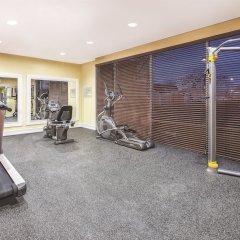 Отель Rodeway Inn & Suites Niagara Falls США, Ниагара-Фолс - отзывы, цены и фото номеров - забронировать отель Rodeway Inn & Suites Niagara Falls онлайн фитнесс-зал фото 4