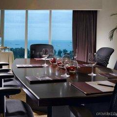Отель Grand Mercure Singapore Roxy в номере