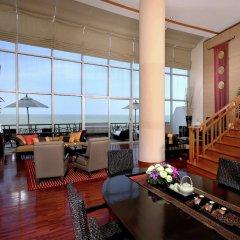 Отель Hilton Hua Hin Resort & Spa интерьер отеля фото 2