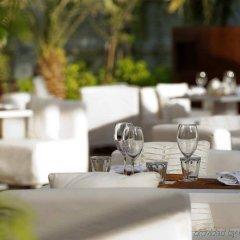 Отель Conrad Dubai ОАЭ, Дубай - 2 отзыва об отеле, цены и фото номеров - забронировать отель Conrad Dubai онлайн питание фото 3