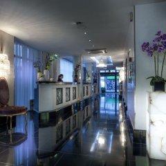 Отель Les Jardins Du Marais Париж интерьер отеля