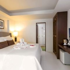 Отель New Patong Premier Resort удобства в номере
