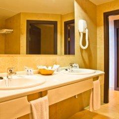 Отель Las Palmeras ванная