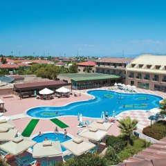 Отель Club Nena - All Inclusive бассейн
