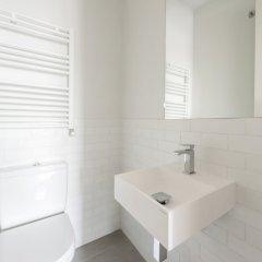 Отель Puerta de Toledo City Center 1E Испания, Мадрид - отзывы, цены и фото номеров - забронировать отель Puerta de Toledo City Center 1E онлайн ванная