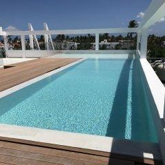Отель Ducassi Suites Rooftop Pool Beach Club & Spa бассейн фото 3