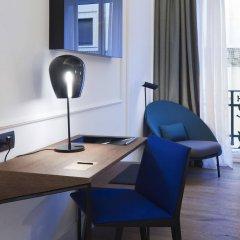 Отель One Shot Palacio Reina Victoria 04 удобства в номере