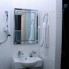 Отель Drop Inn Baku Азербайджан, Баку - отзывы, цены и фото номеров - забронировать отель Drop Inn Baku онлайн ванная