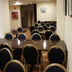 Отель Hostal Abrevadero