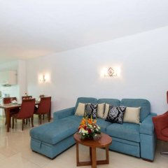 Апартаменты Oura View Beach Club Apartments комната для гостей фото 5