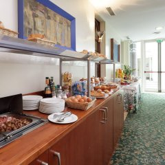 Отель Holiday Inn Milan - Garibaldi Station питание