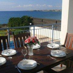 Отель Blue Coral Beach Villas питание фото 2