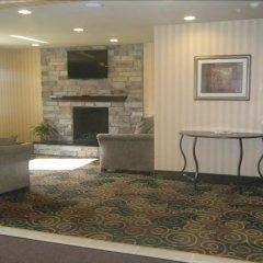Отель Cobblestone Inn & Suites - Bloomfield комната для гостей фото 2