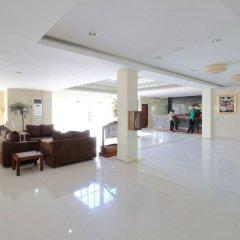 Отель Airy Medan Petisah Darussalam интерьер отеля