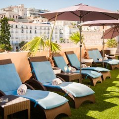 Отель Residhome Nice Promenade бассейн