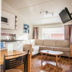 Отель Lisebergsbyn Karralund Швеция, Гётеборг - отзывы, цены и фото номеров - забронировать отель Lisebergsbyn Karralund онлайн комната для гостей
