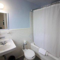 Отель Leo House США, Нью-Йорк - отзывы, цены и фото номеров - забронировать отель Leo House онлайн ванная