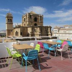Hotel Los Jeronimos y Terraza Monasterio бассейн