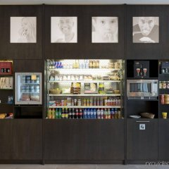 Отель Holiday Inn Express Antwerp City-North развлечения