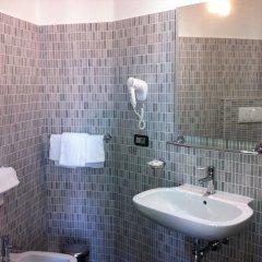 Отель Milano Navigli Италия, Милан - отзывы, цены и фото номеров - забронировать отель Milano Navigli онлайн ванная