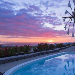 Отель Windmill Villas Греция, Остров Санторини - отзывы, цены и фото номеров - забронировать отель Windmill Villas онлайн бассейн